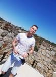 João , 33  , Sintra