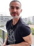 Fabien, 44  , Paris