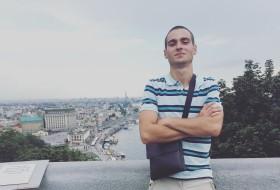 Vladislav, 22 - Just Me