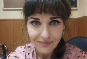 Sasha, 34 - Just Me