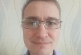 Aleks, 49 - Just Me