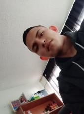 Yeico, 24, Colombia, Bogota