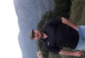 nikolae, 44 - Just Me