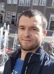 Viktor, 25  , Barcelona