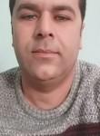 Ahmet, 18  , Cine