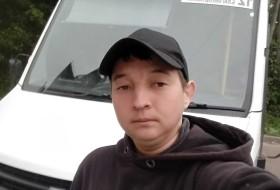 Anatoliy, 27 - Just Me