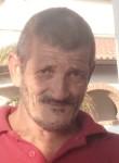 Chicco, 64  , Pachino