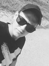pyetr, 21, Russia, Serafimovich