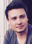 Lukas, 25  , Ennepetal