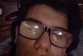lgnacio Elizondo, 18 - Just Me