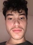 Nicolas, 24  , Igis