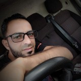 Hichem , 32  , Beni Mered