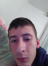 Mirza, 18, Bosnia and Herzegovina, Sarajevo