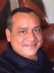 Carlos, 46  , Lima