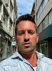 yvane, 43, France, Avignon