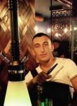 Ardit, 22  , Pristina