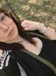 Kseniya, 26  , Yekaterinburg