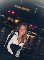 leilani, 24, United States of America, Chicago