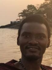 Samuel, 35, Sierra Leone, Freetown