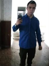 Vladimir, 18, Ukraine, Makiyivka