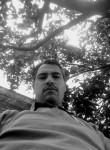Sebastián, 38  , Morelia