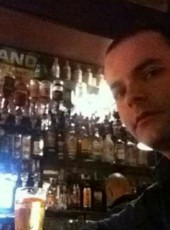 Denis , 33, Italy, Alba