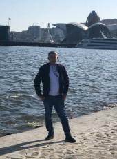 Vuqsr, 32, Azerbaijan, Baku