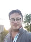 Angelo, 38  , Scalea