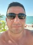 Andrzej , 37, Paris