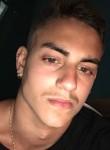 simone, 26  , L Aquila