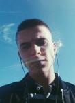 Aleksandr, 28, Leninsk