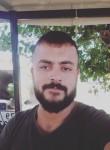 Poyraz, 23, Istanbul