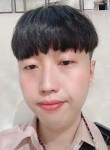 김자용, 26, Seoul