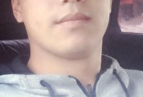 Ruslan, 23 - Just Me