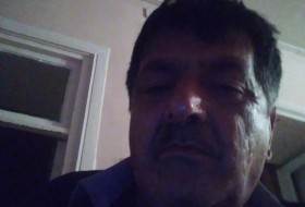 Vahid, 59 - Just Me