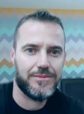 Toli , 36, Albania, Lushnje