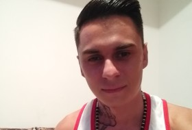 Franco, 21 - Just Me