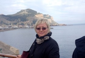 Larisa, 53 - Just Me