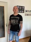 Maik , 43, Berlin