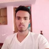 ratan kumar, 20  , Maharajganj (Bihar)
