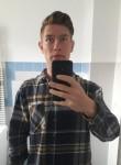 Dominik, 18  , Schwedt (Oder)
