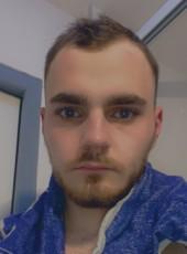 Julien , 22, France, Hayange