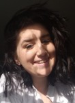 Julie, 19, Yarmouth