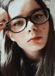 Vika, 19  , Moscow