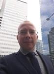 gray johnson, 58  , Paris