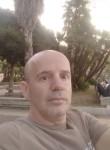 Giovanni , 51  , Salerno