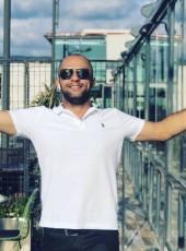 Osman Sonya, 34, Turkey, Istanbul