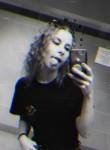 Cassandra, 20, East Hampton
