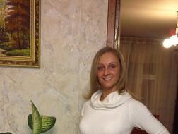 Elena, 40 - Just Me