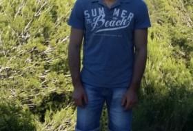 Aleksander, 36 - Just Me
